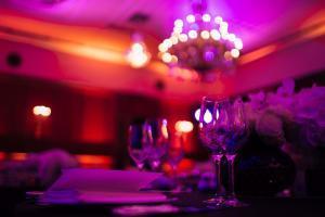 Diner de groupe Cabaret César Palace Paris
